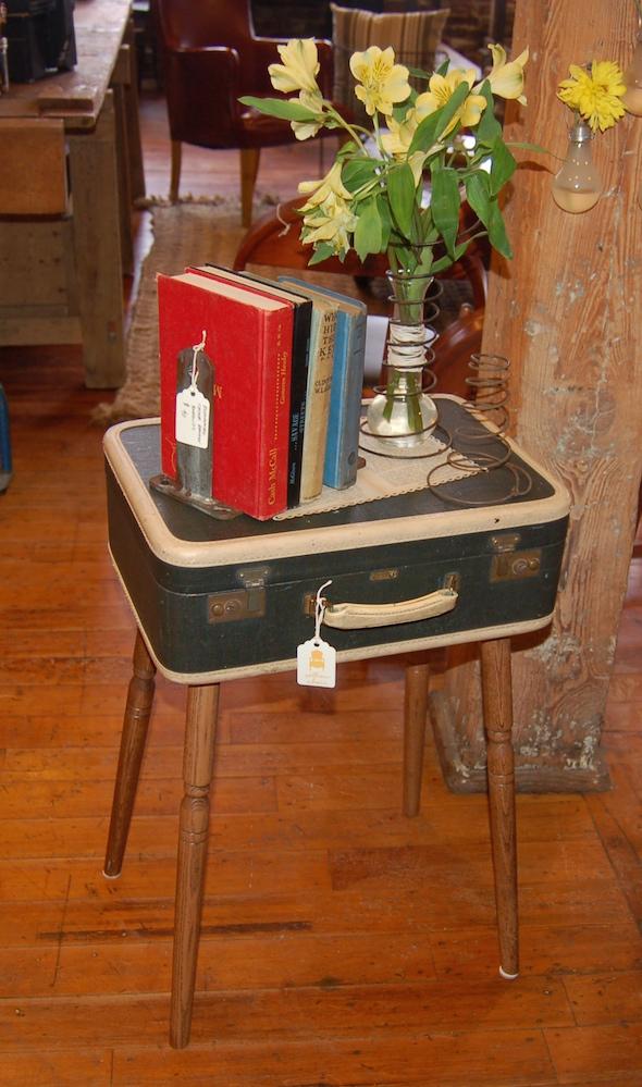 suitcasetbl